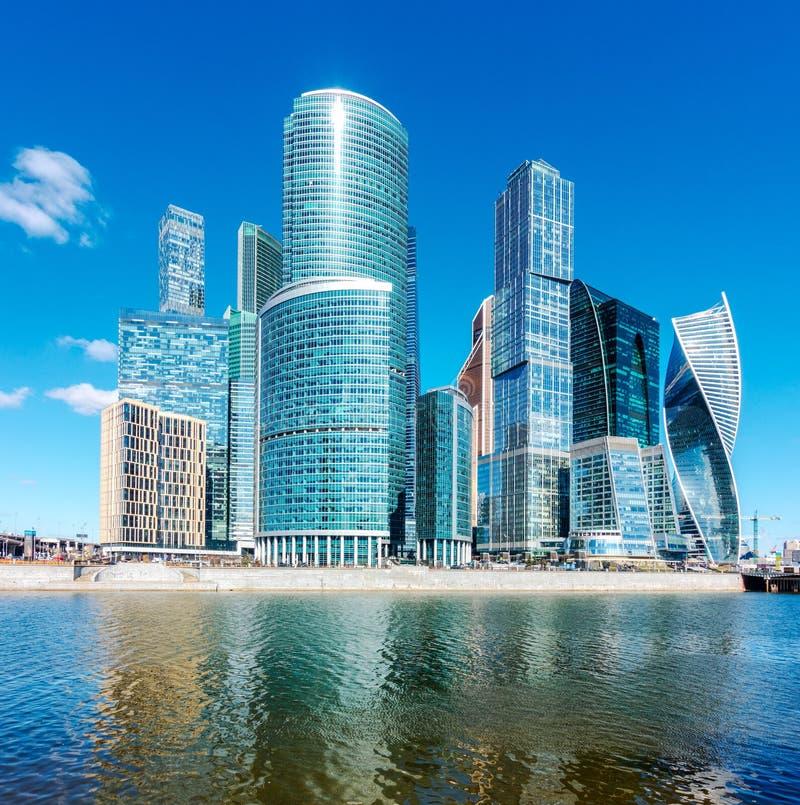 Centro de negócios internacional de Moscou, Rússia fotografia de stock royalty free