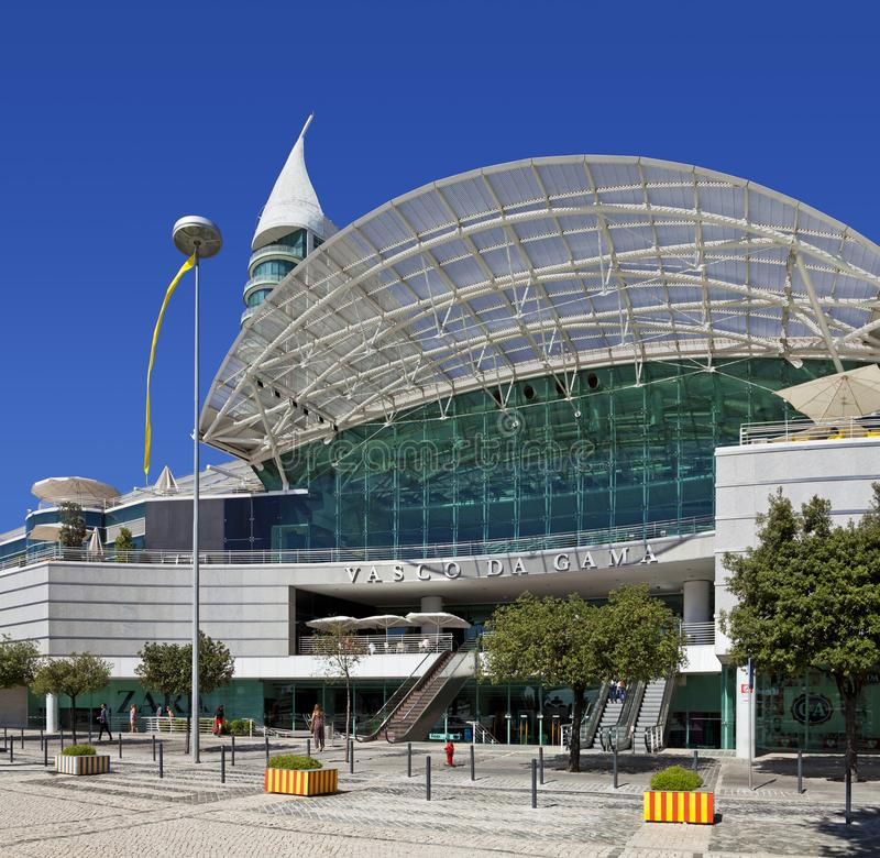 Centro de Shopping Vasco da Gama Shopping em Parque DAS Nacoes foto de stock