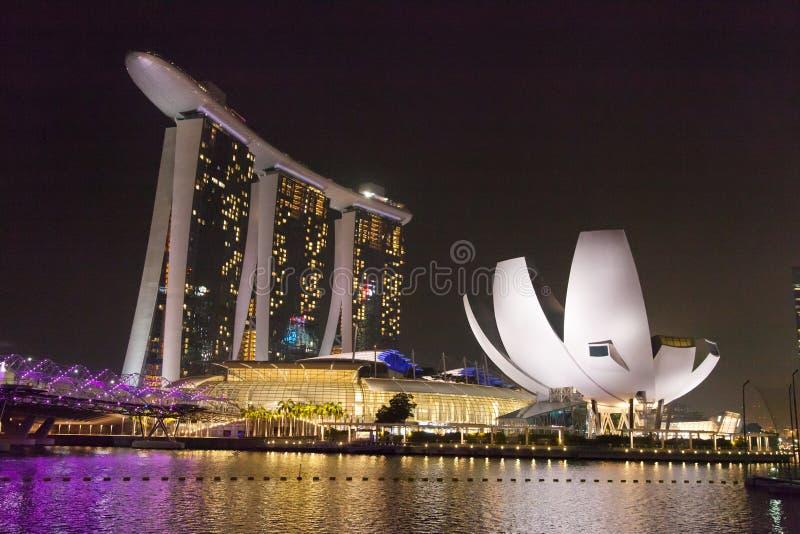 Centro de Singapur en la noche fotografía de archivo libre de regalías