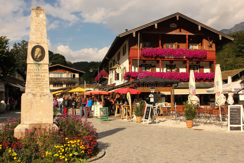 Centro del pueblo. Konigssee. Alemania fotografía de archivo