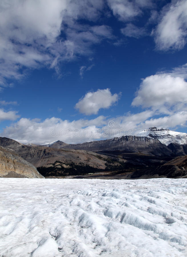 Centro del visitante del glaciar de Athabasca fotos de archivo