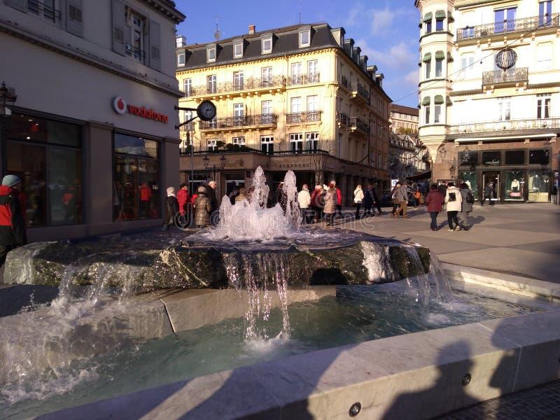 Centro della fontana di Baden-Baden Germany fotografie stock libere da diritti