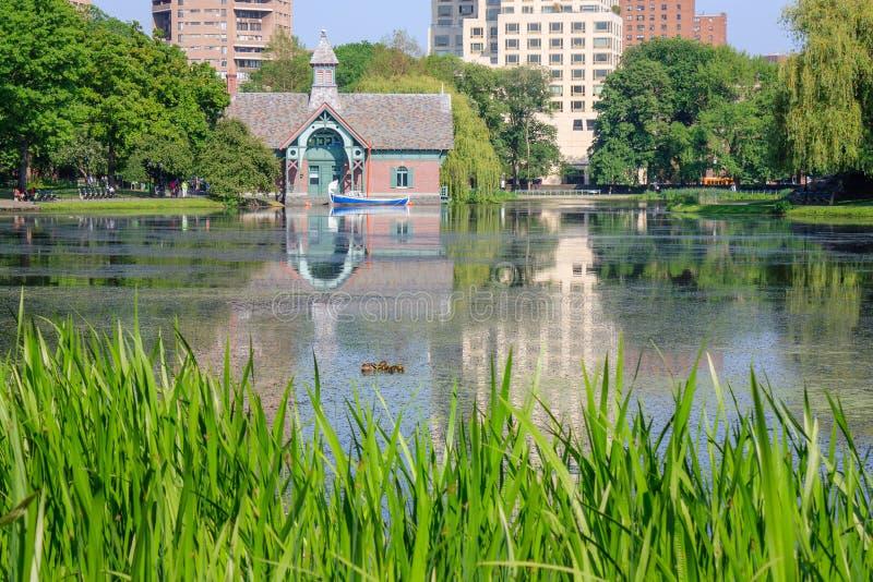 Centro di scoperta del Charles A Dana Discovery Center - Central Park, New York City immagini stock libere da diritti