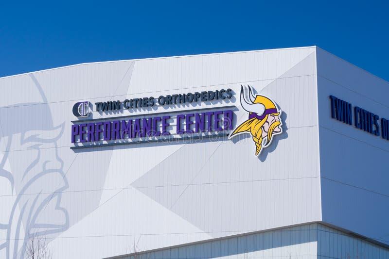 Centro do desempenho da ortopedia das cidades geminadas dos Minnesota Vikings foto de stock