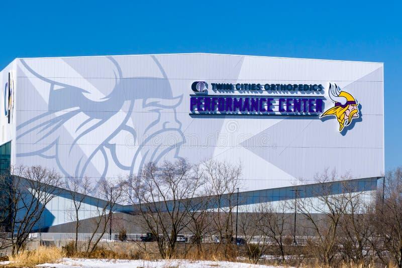 Centro do desempenho da ortopedia das cidades geminadas dos Minnesota Vikings foto de stock royalty free