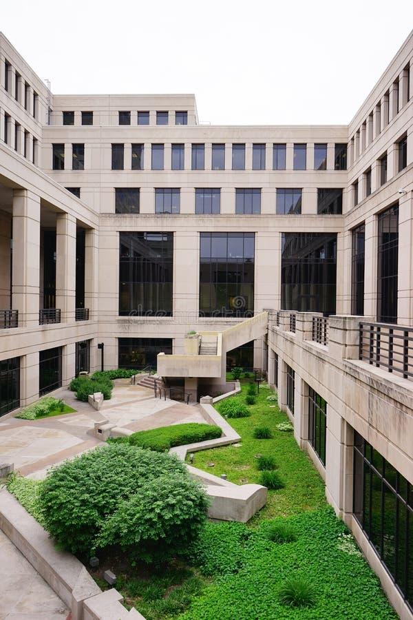 Centro do governo de Indiana: jardim fotografia de stock royalty free