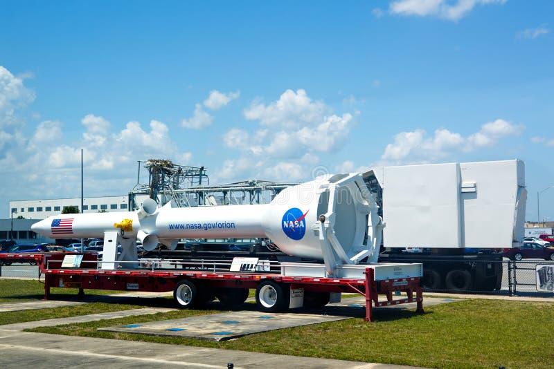 CENTRO ESPACIAL KENNEDY, FLORIDA, EUA - 21 DE ABRIL DE 2016: Construção da NASA imagem de stock