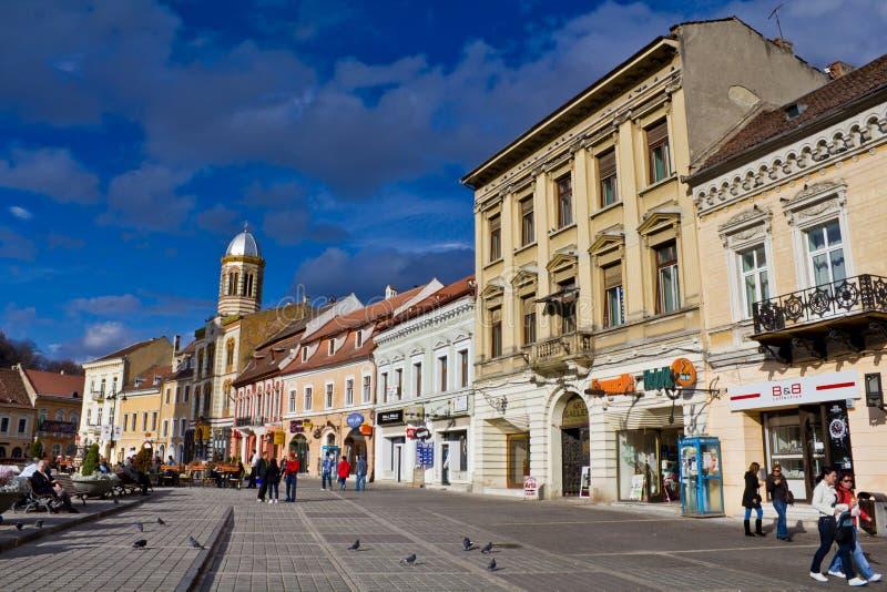 Centro histórico da cidade de Brasov imagens de stock