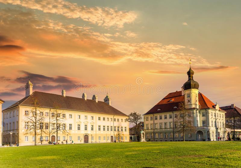 Centro histórico de Altotting en Baviera al atardecer Alemania fotos de archivo libres de regalías