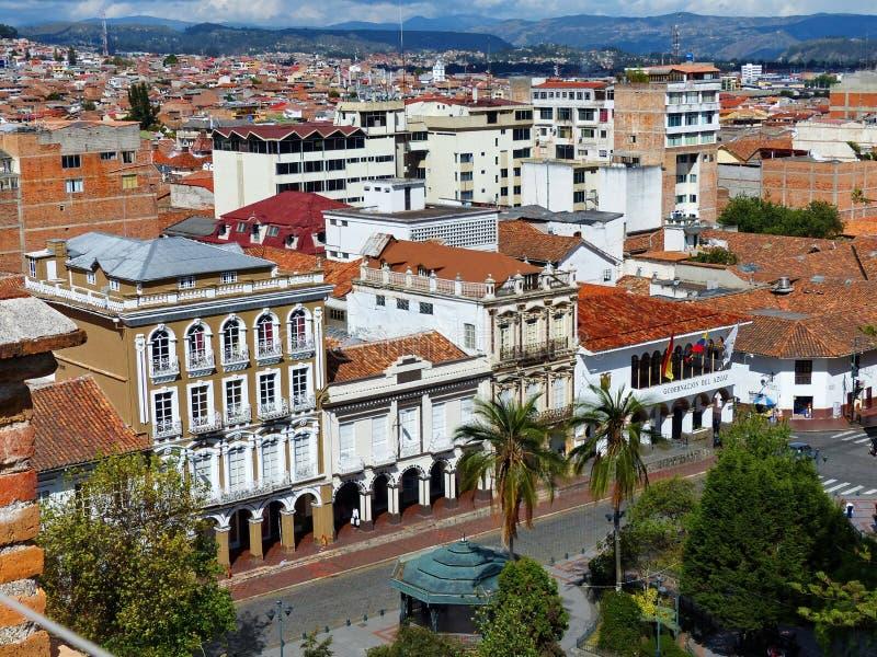 Centro histórico de Cuenca, Equador Rua Luis Cordero foto de stock royalty free