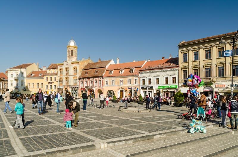 Centro histórico do quadrado do Conselho de Brasov foto de stock