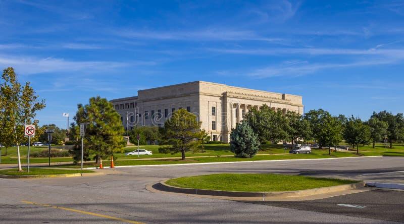 Centro judicial de Oklahoma no Oklahoma City - OKLAHOMA CITY - OKLAHOMA - 18 de outubro de 2017 imagem de stock