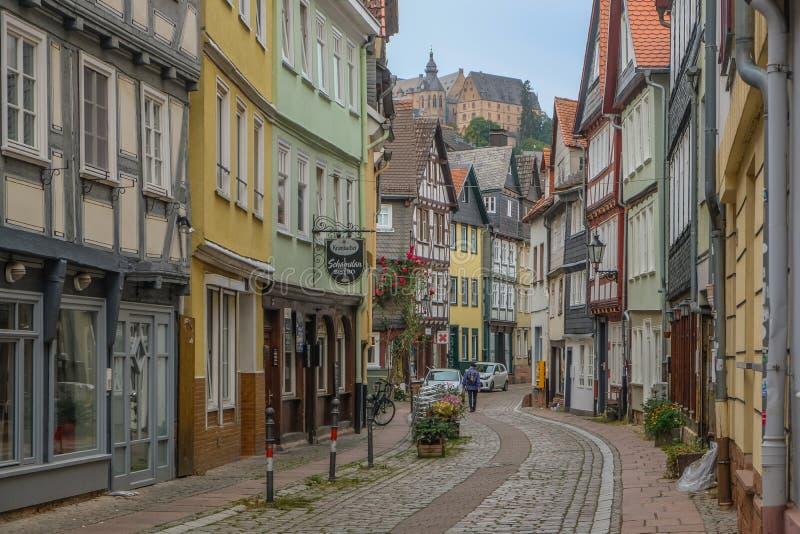 Centro Municipal Histórico de Marburgo com casas tradicionais imagem de stock royalty free