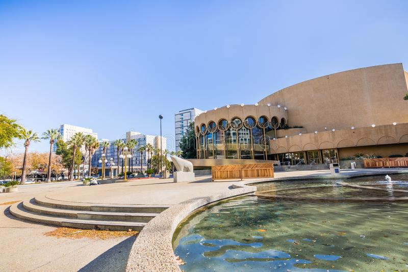 Centro para o local de encontro das artes de palco em San Jose do centro, Silic fotos de stock royalty free