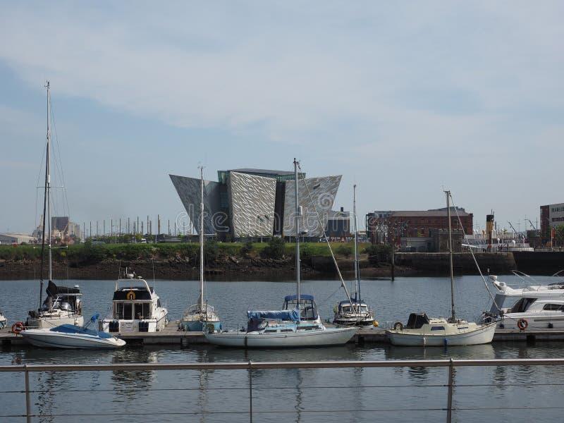 Centro titánico de Belfast imagenes de archivo
