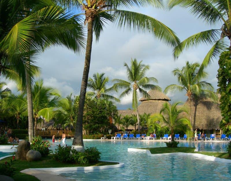 Centro turístico en Costa Rica con la piscina