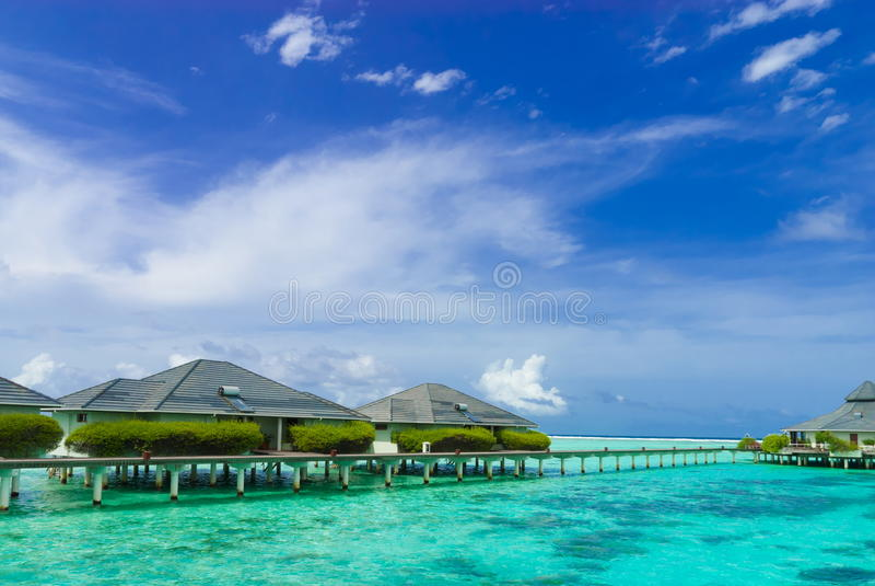 Centro turístico Maldives de la línea de costa fotos de archivo