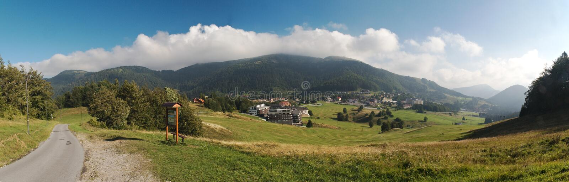 Centro turistico di Donovaly in montagne di Nizke Tatry fotografie stock