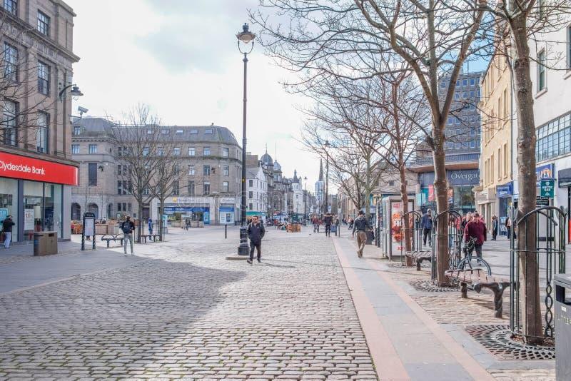Centro urbano di Dundee calmo per sabato pomeriggio dentro la Scozia fotografia stock libera da diritti