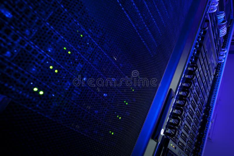centrum grona dane stojaka serwer fotografia stock