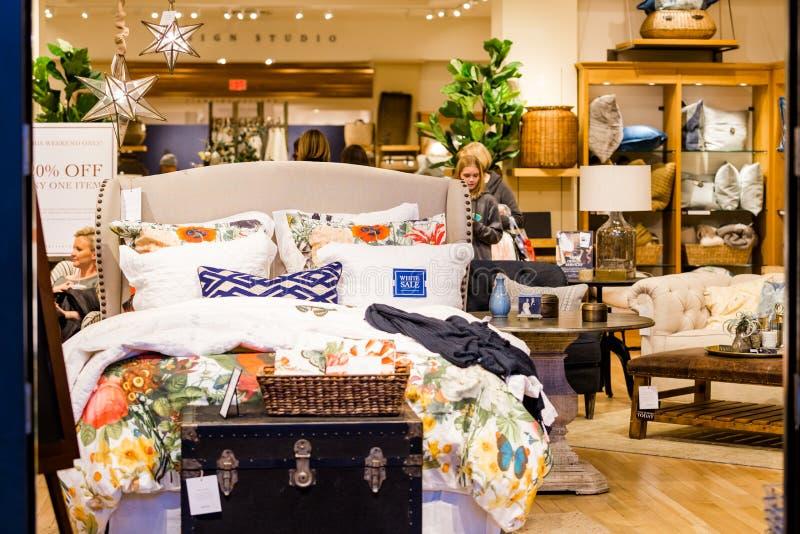centrum handlowe centrum wewnętrzny zakupy zdjęcia royalty free