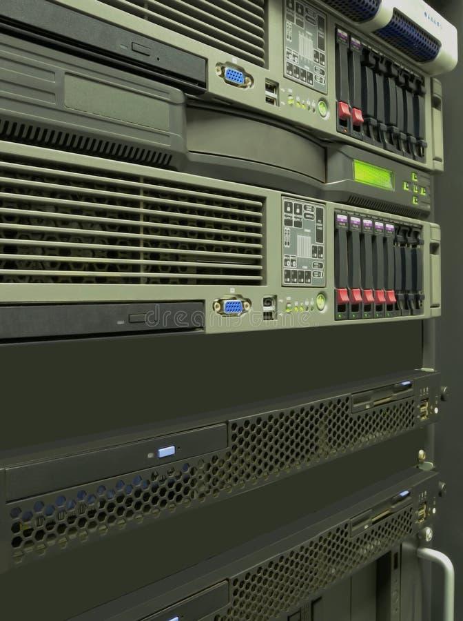 centrum komputerowi dane dręczą serwerów zdjęcie royalty free