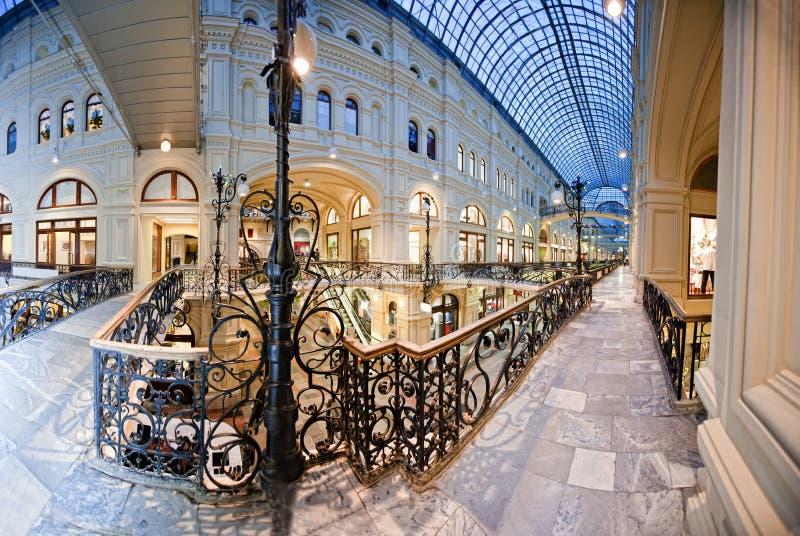 centrum wewnętrzny zakupy zdjęcie royalty free