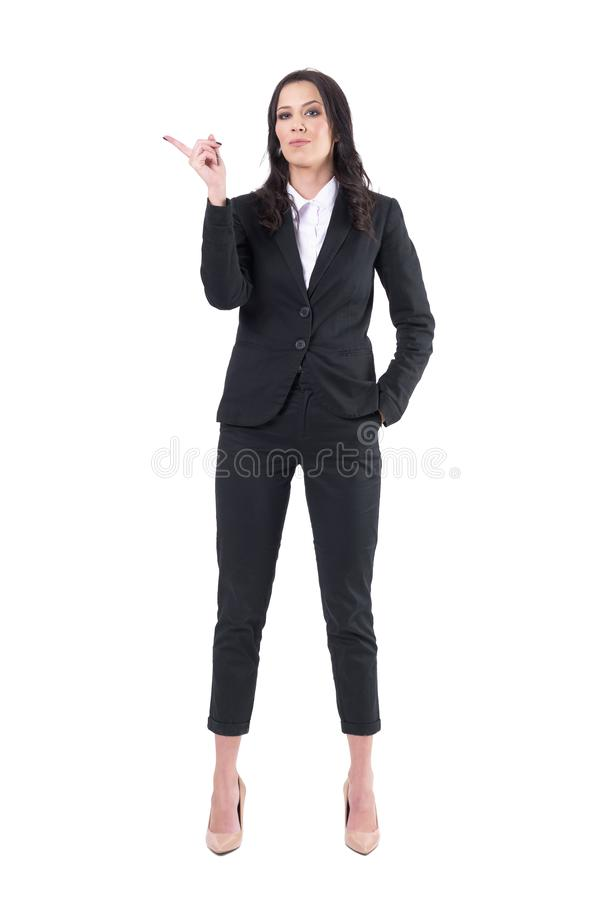 CEO femenino del negocio autoritario mandón que sacude el finger y que patroniza fotografía de archivo