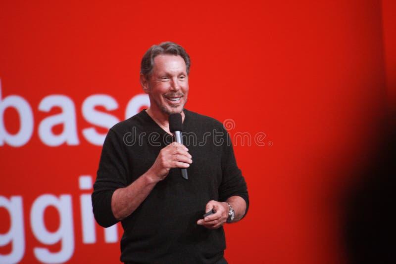 CEO Oracle Larry Ellison robi jego mowie przy Oracle OpenWorld konferencją fotografia stock