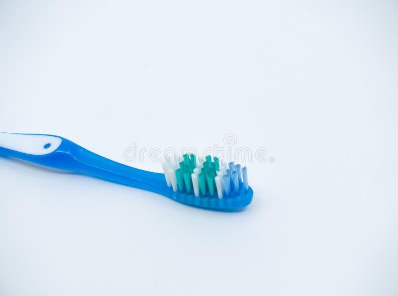 Cepillo de dientes en el fondo blanco foto de archivo libre de regalías