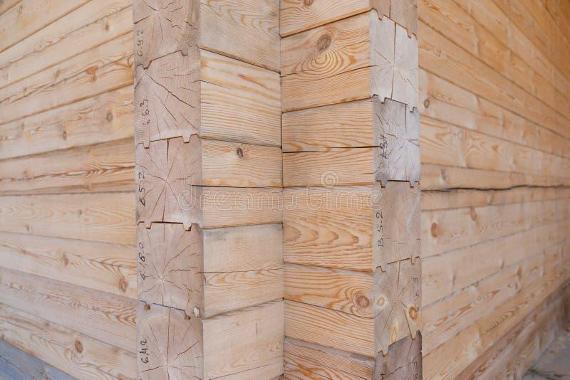 Ceppo di legno del legname della casa fotografie stock