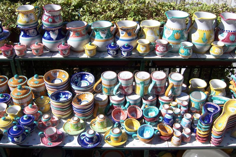 Cerâmica colorida fotografia de stock royalty free