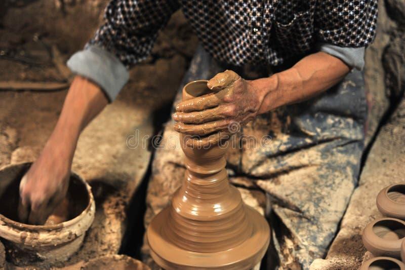 Cerâmica feito a mão no ¤ do â da oficina… imagens de stock