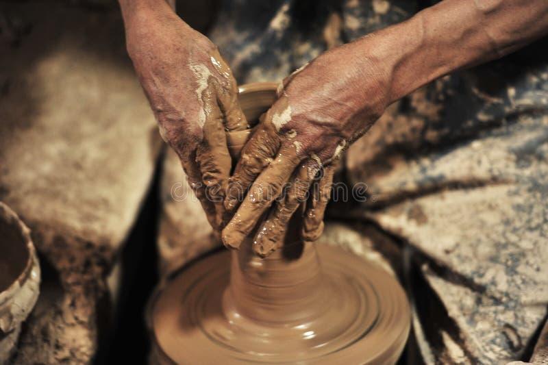 Cerâmica feito a mão no â… ¢ da oficina imagem de stock