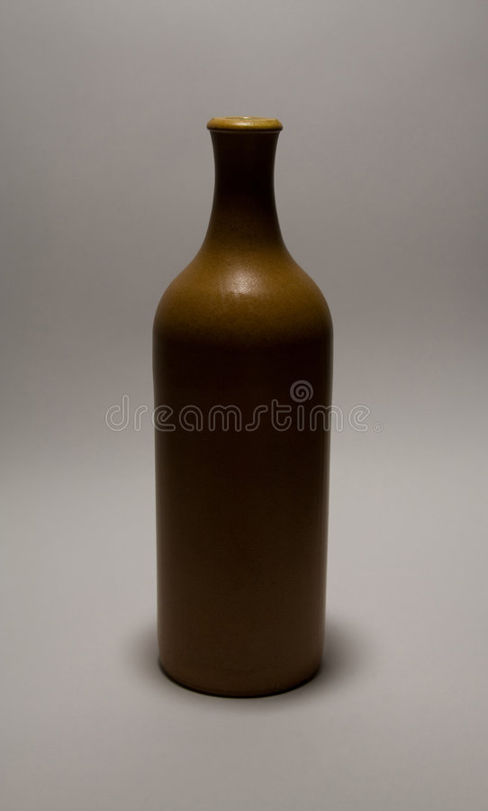 Free Ceramic Bottle Royalty Free Stock Image - 6029976