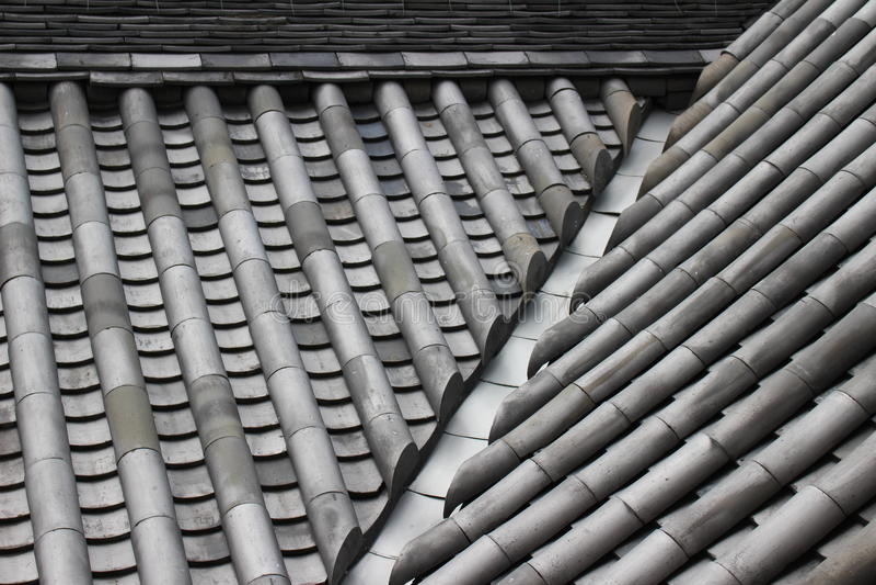 Ceramiczne Dachowe płytki japończyka kasztel zdjęcie stock
