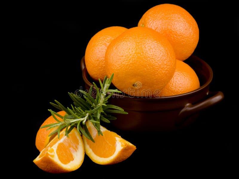 Download Ceramiczne Puchar Pomarańcze Obraz Stock - Obraz złożonej z czerń, greenbacks: 13330139