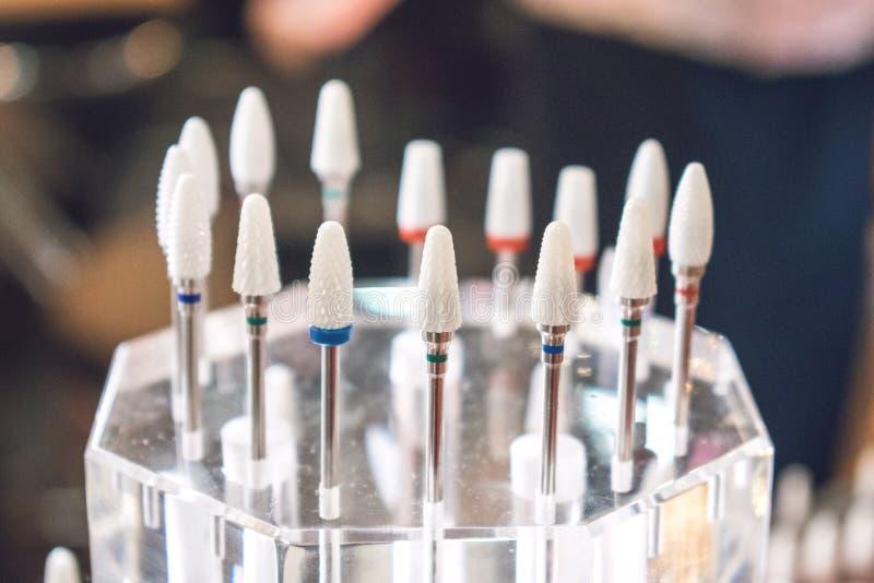 Ceramiczni krajacze Dla manicure'u Gwoździa świderu kawałki Dla manicure'u Akcesoria gwoździa Obrotowe Elektryczne kartoteki Mani obraz royalty free