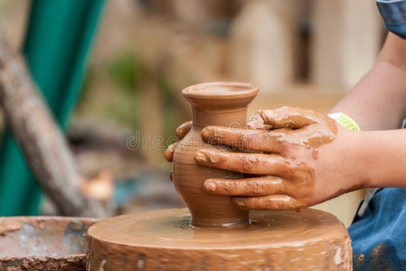 Ceramiczny robić zdjęcia stock