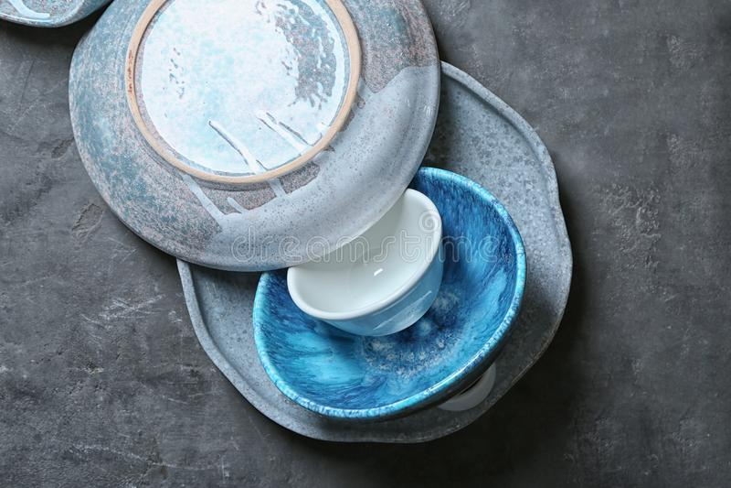 Ceramiczny tableware na tle zdjęcia royalty free