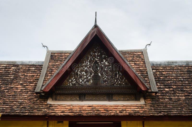 Ceramisch Dak van de Poort van de Portiek van Wat Sisaket Monastery in Vientiane, Laos royalty-vrije stock foto