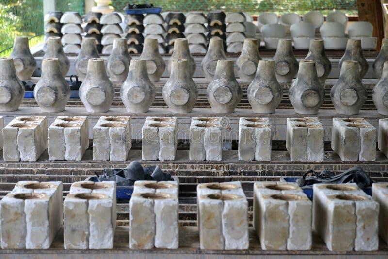 Ceramisch vormafgietsel royalty-vrije stock afbeeldingen