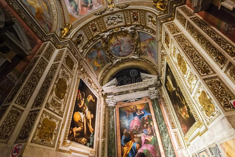 Cerasi kapell i basilika av Santa Maria del Popolo, Rome, Italien royaltyfria foton