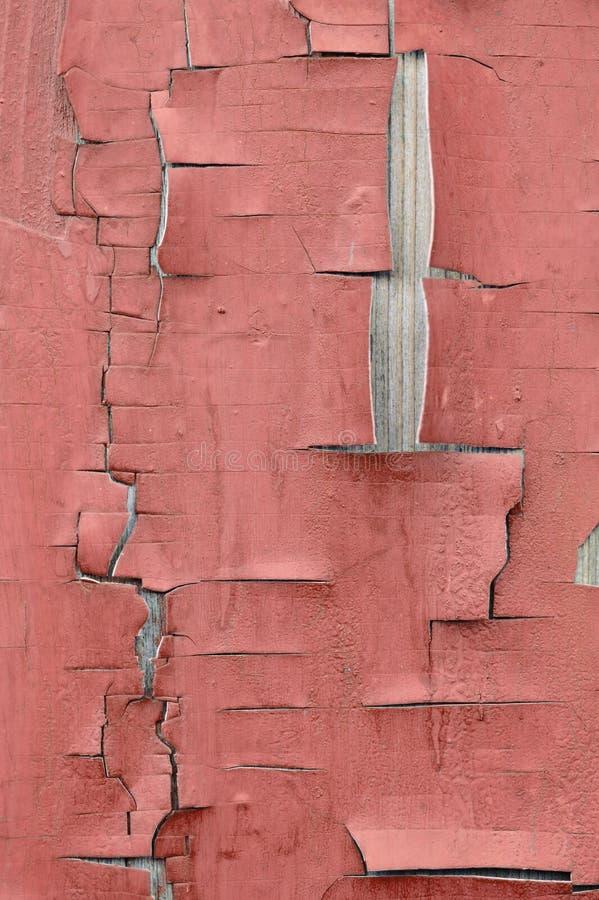 Cerca com uma cor vermelha da pintura velha imagens de stock