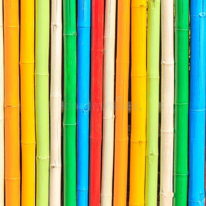 Cerca de bambú pintada hermosa fotografía de archivo