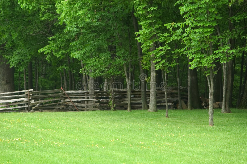Cerca de carril partido Ohio fotos de archivo