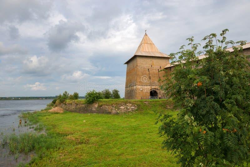 Cerca de la fortaleza de Oreshek imagenes de archivo