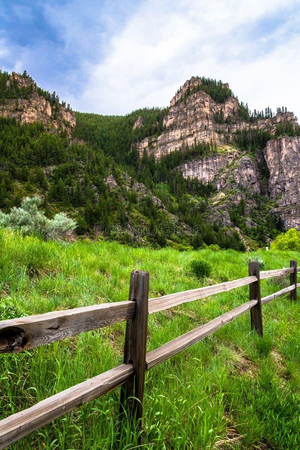 Cerca de madera del barranco de Glenwood en Colorado fotos de archivo libres de regalías