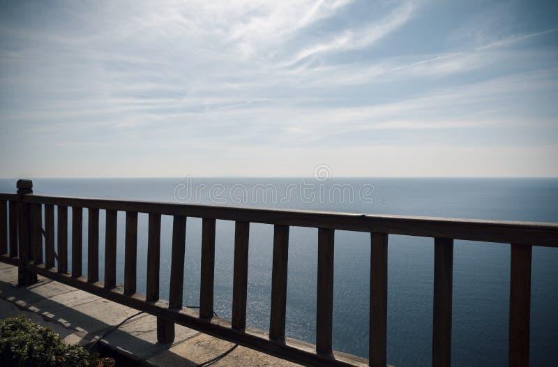 Cerca de Woden com vista no mar fotos de stock royalty free