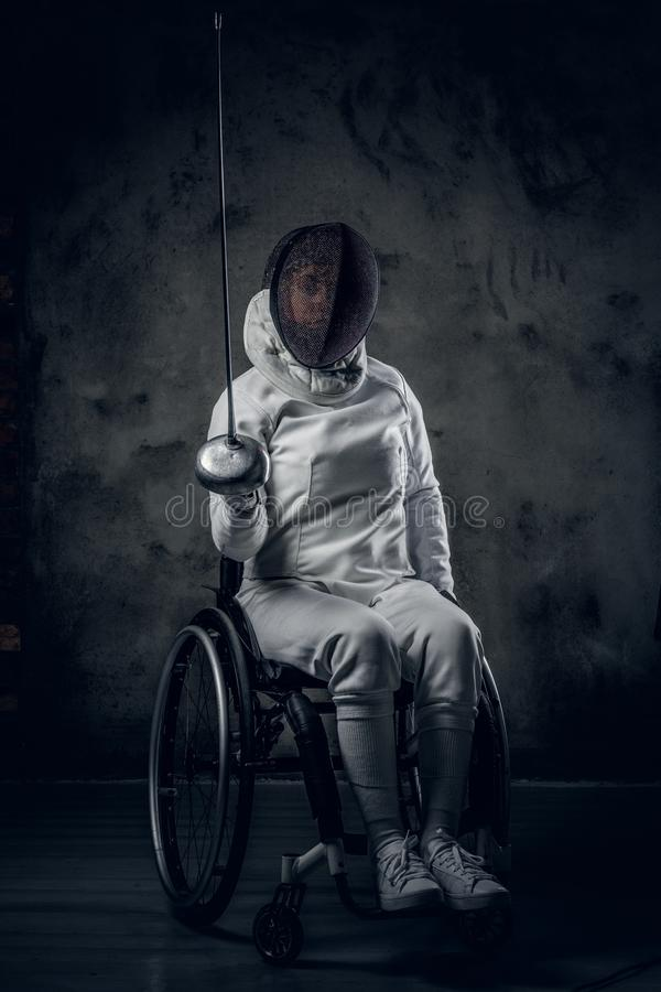 Cercador de sexo femenino de Paralympic en silla de ruedas fotografía de archivo libre de regalías